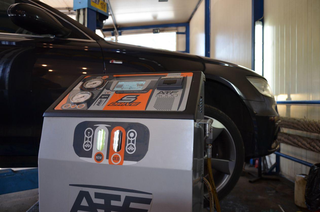 Audi A6 ole jw trakcie wymiany dynamicznej